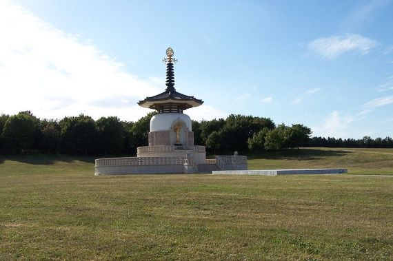 Jaye Nolan Milton Keynes Peace Pagoda